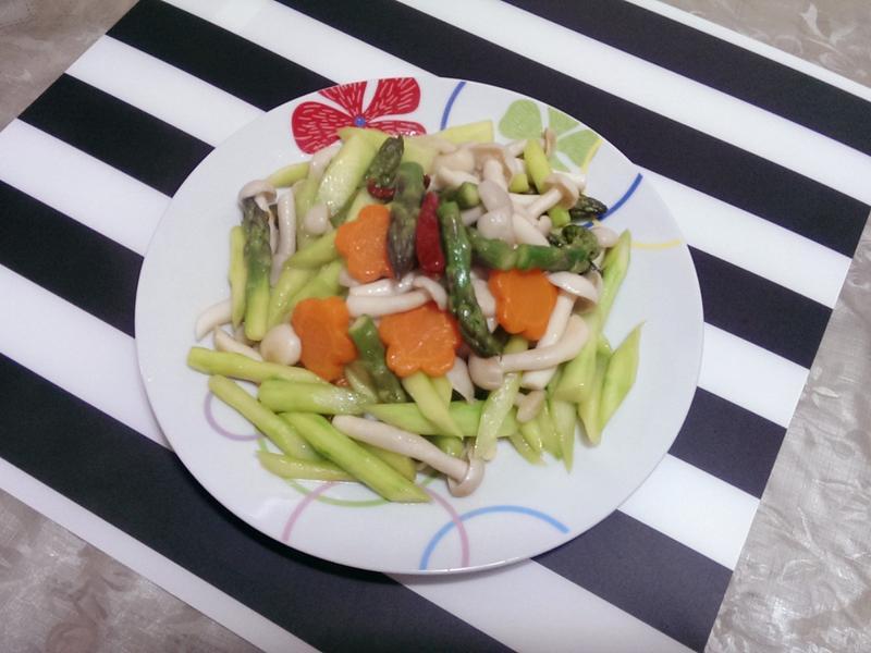蘆筍清炒白玉菇