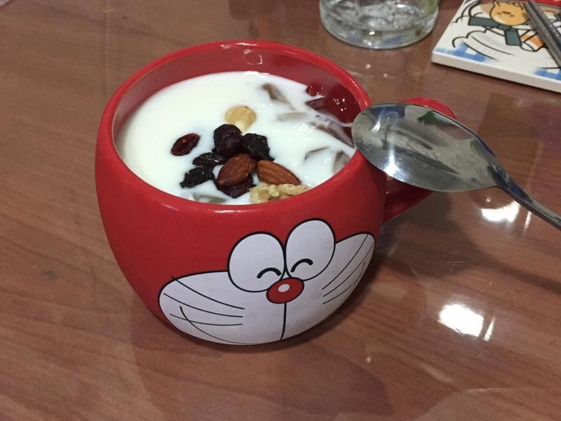 茶凍優格➕莓乾堅果