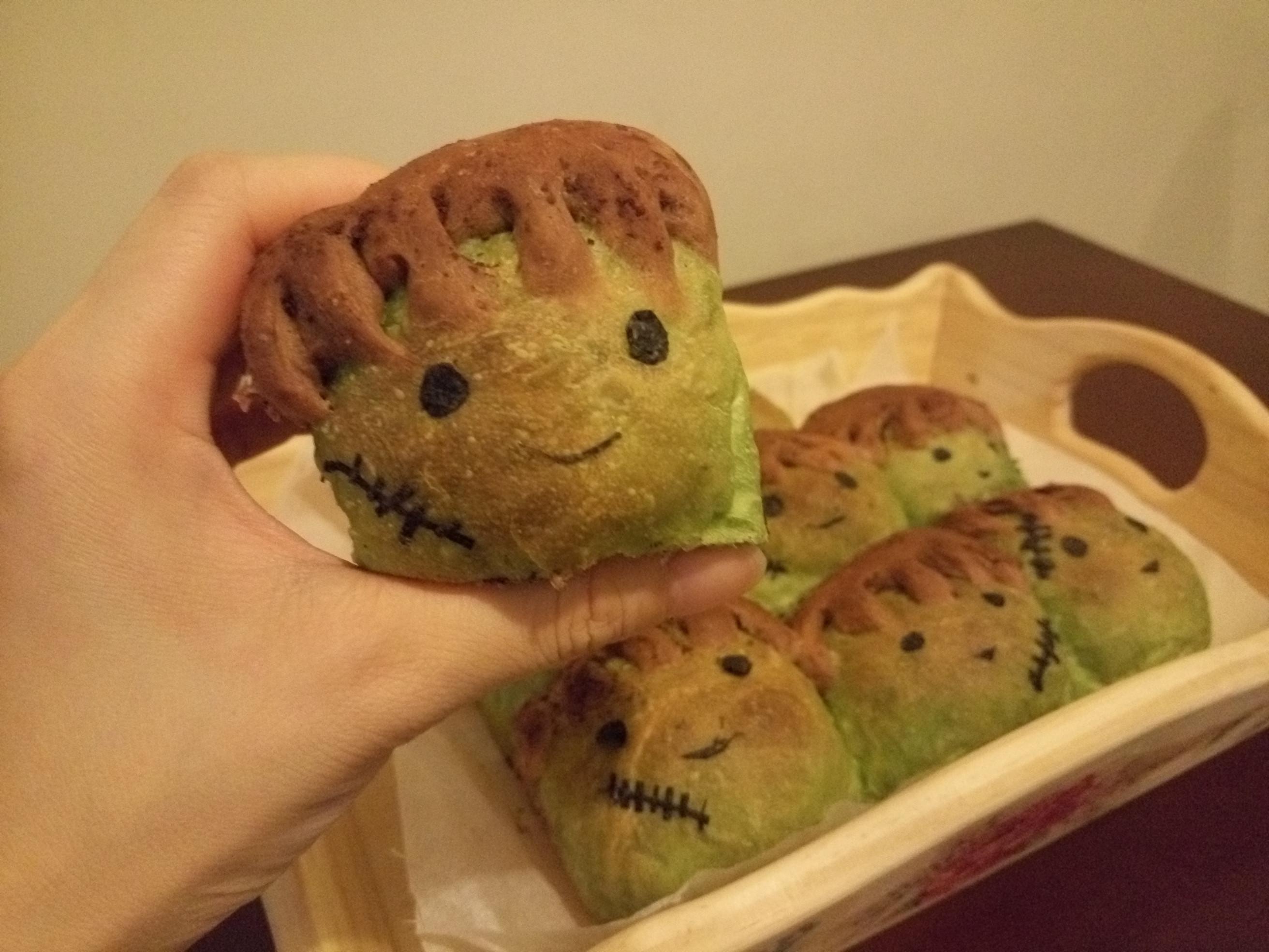 科學怪人麵包(綠茶朱古力包)