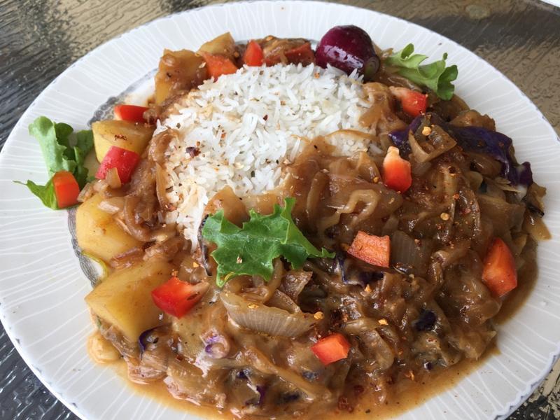 健康蔬食『薯薯洋蔥醬飯』