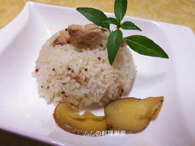 紅藜麻油雞飯