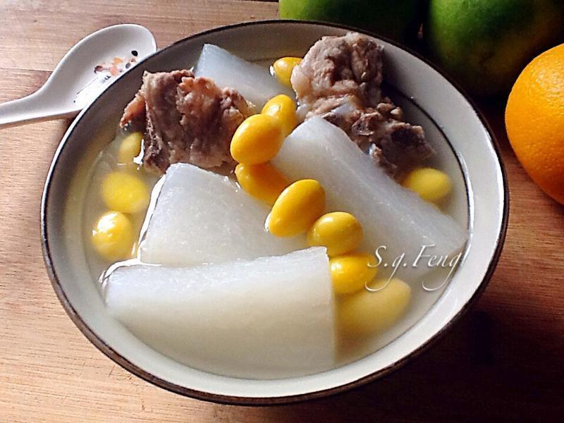 白果蘿蔔排骨湯