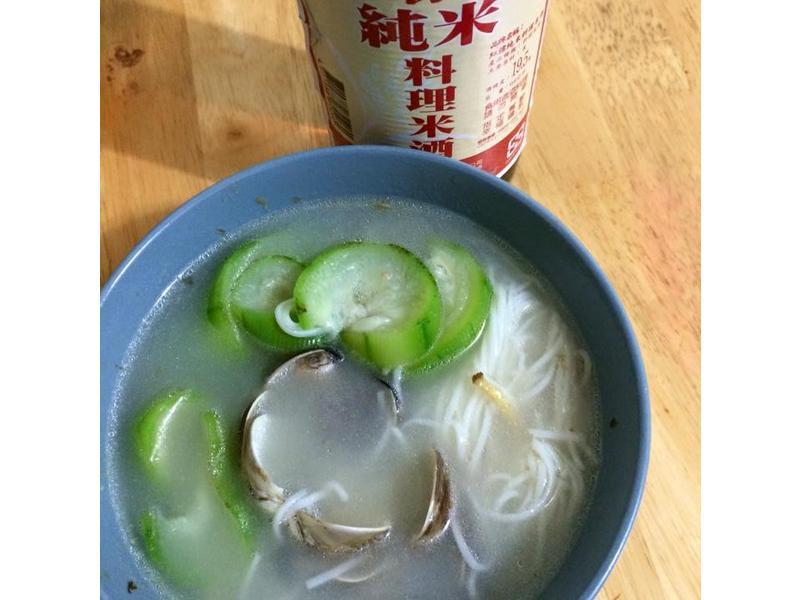絲瓜蛤蜊麵線湯