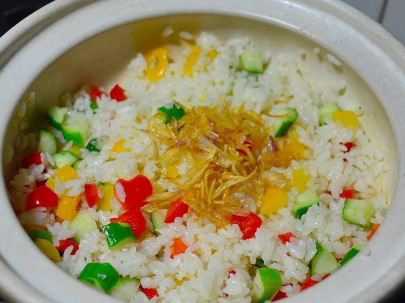 寶螺一鍋煮--蔥鹽炊飯