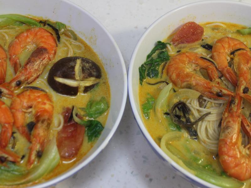 黃咖哩椰奶鮮蝦天使麵