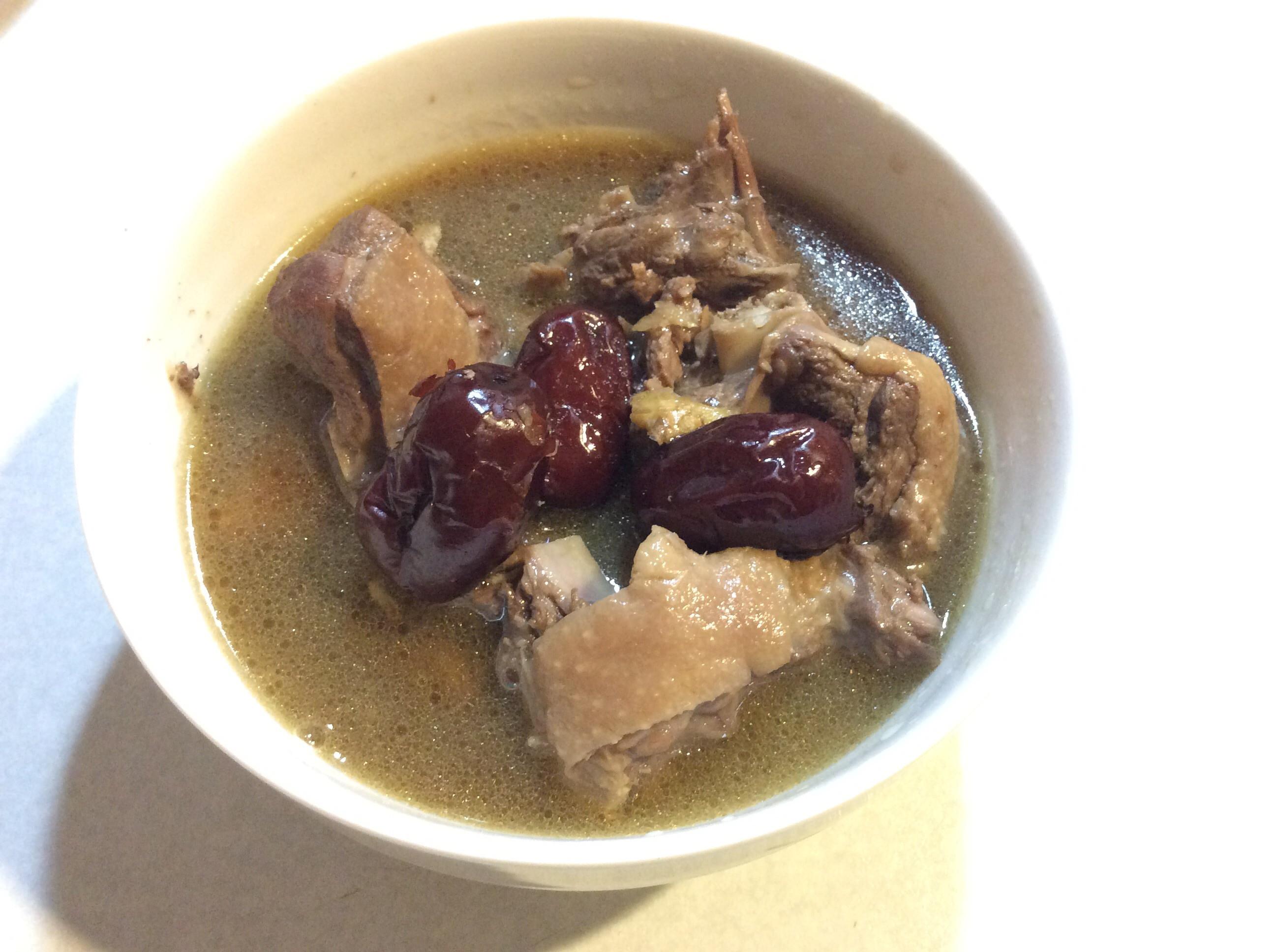 砂鍋~茶油薑母鴨
