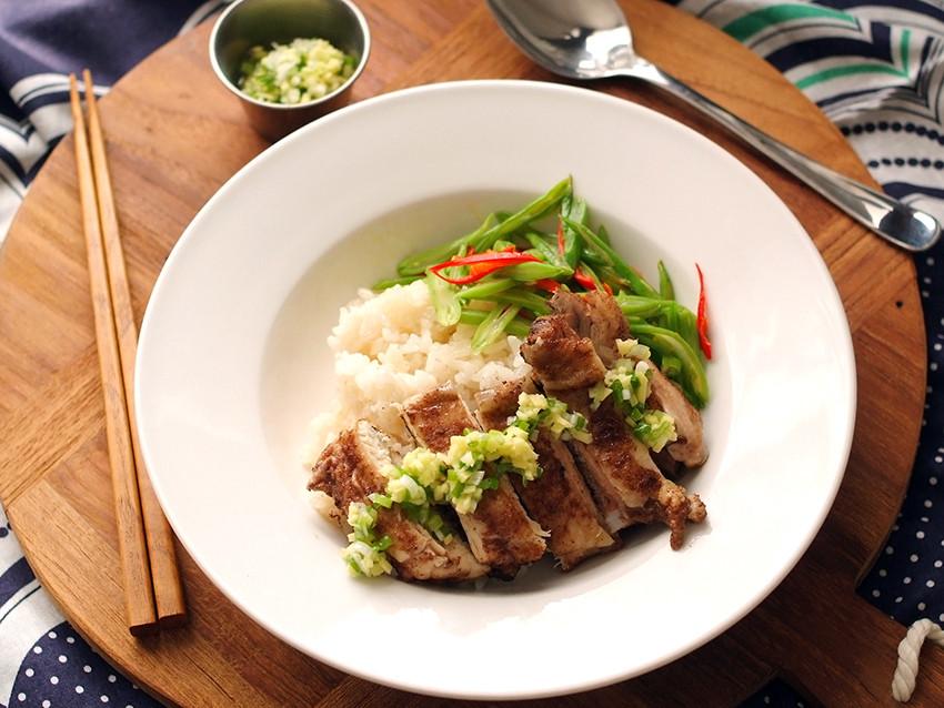 『妞仔。休日好食光』簡單美味,海南雞飯