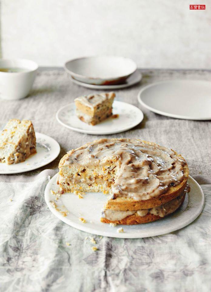 艾拉的奇蹟廚房-焦糖糖霜經典胡蘿蔔蛋糕