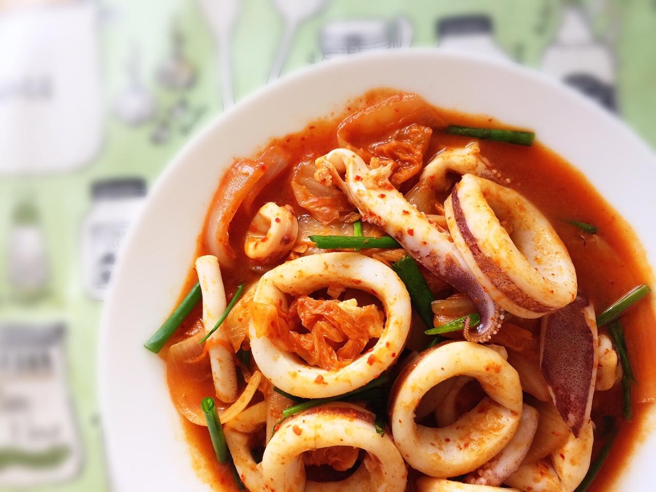 泡菜炒中卷