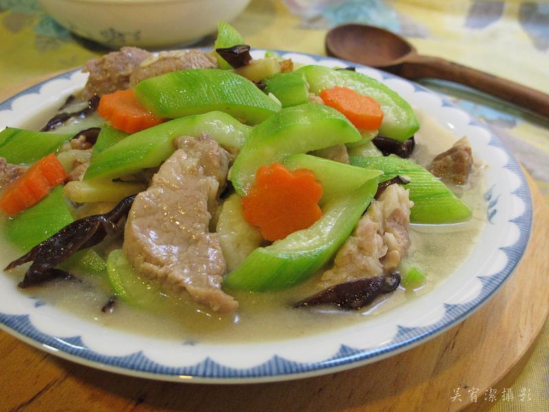 鮮肉炒絲瓜