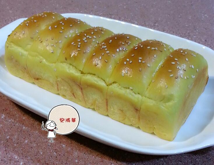南瓜煉乳香蔥肉鬆麵包~湯種冷藏法
