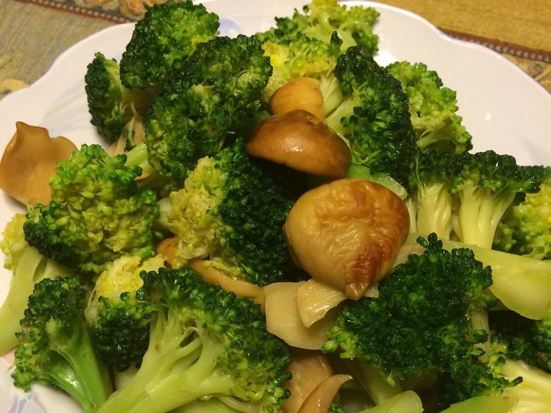 松茸炒綠花椰菜