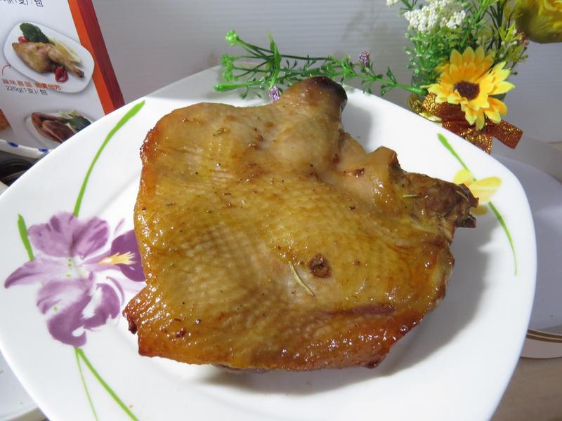 【酷味雞】 迷迭香無骨雞腿排