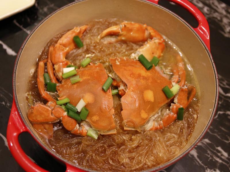 鮮味十足・螃蟹粉絲煲~
