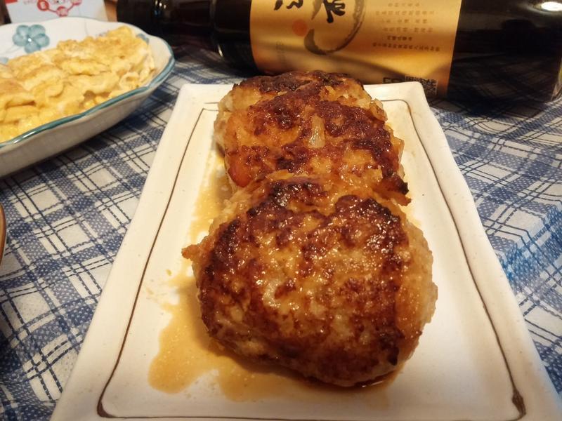 醬香烤豬肉漢堡【淬釀真心食堂】