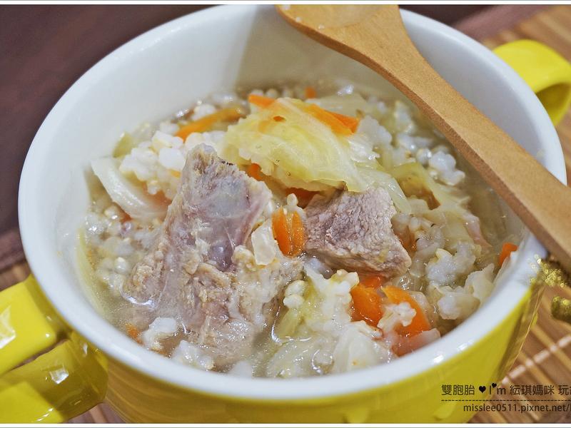 幫助成長發育又順暢的「排骨糙米粥」