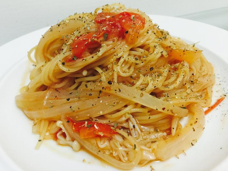 懶人一鍋到底:番茄蔬食義大利麵🇮🇹