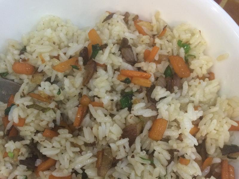 胡萝卜牛肉炒饭