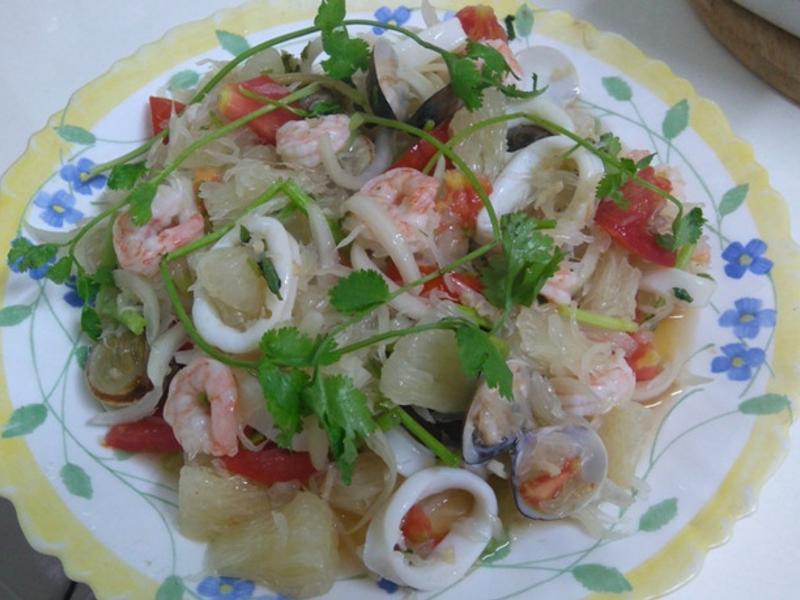 泰式海鮮柚子沙拉