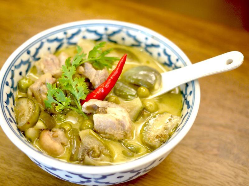 [南洋風] 泰式綠咖哩雞肉