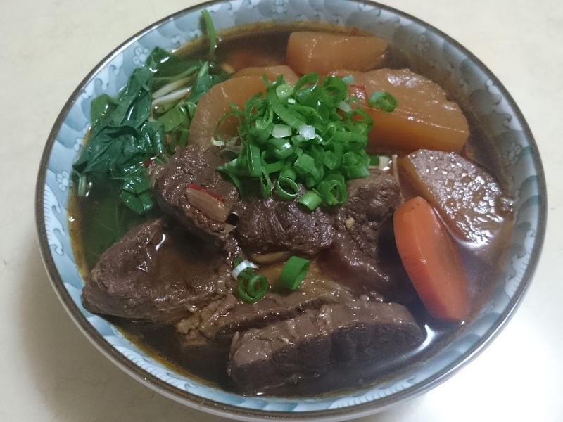 紅燒牛肉麵【智慧萬用鍋】
