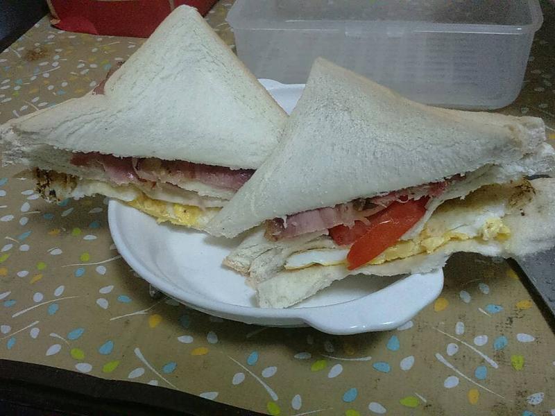 香煎培根起司雞蛋三明治