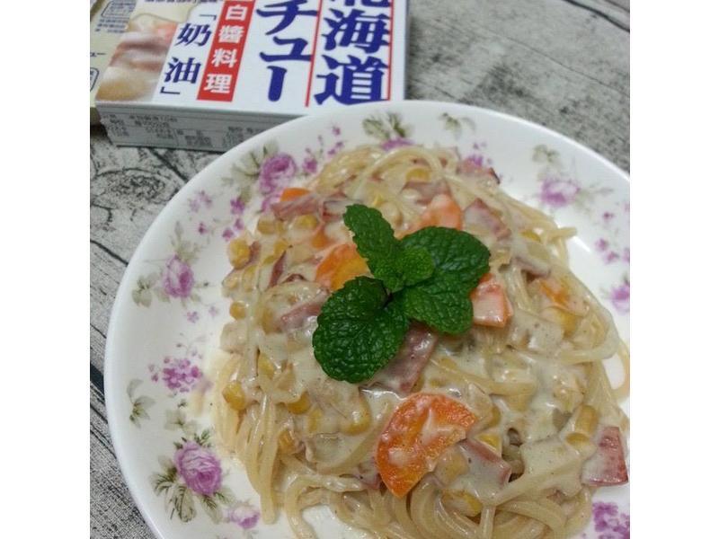 火腿玉米白醬義麵【好侍北海道白醤料理】