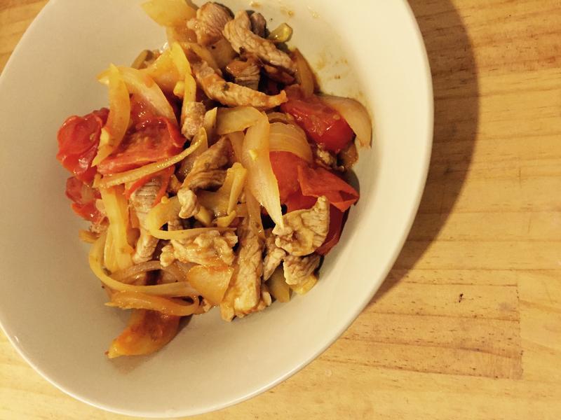 蕃茄洋蔥炒肉絲