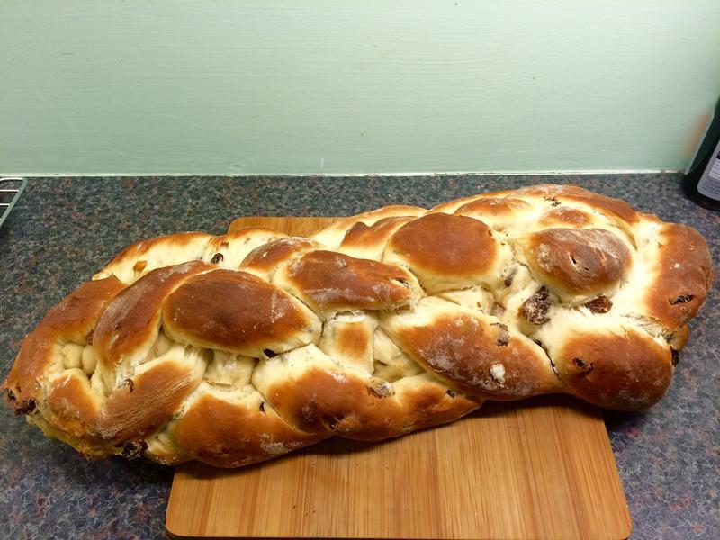 Elsa葡萄乾鮮奶麵包辮