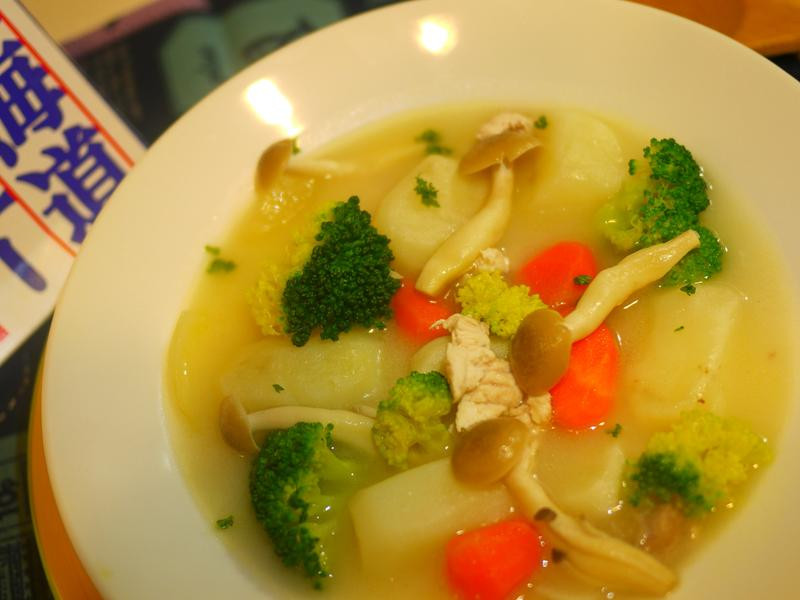雞蓉奶油蔬菜湯(好待北海道白醬)