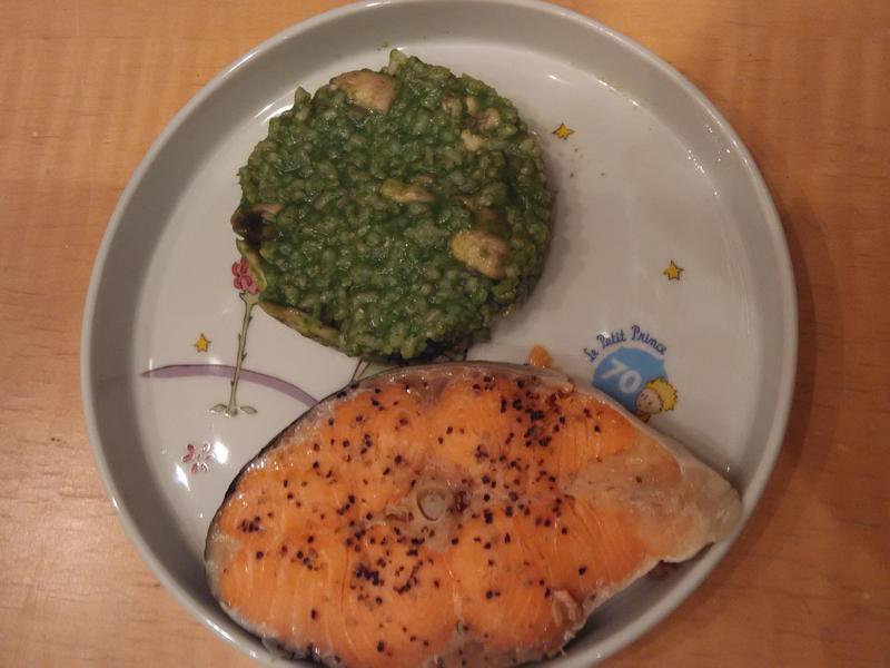 鮭魚菠菜頓飯