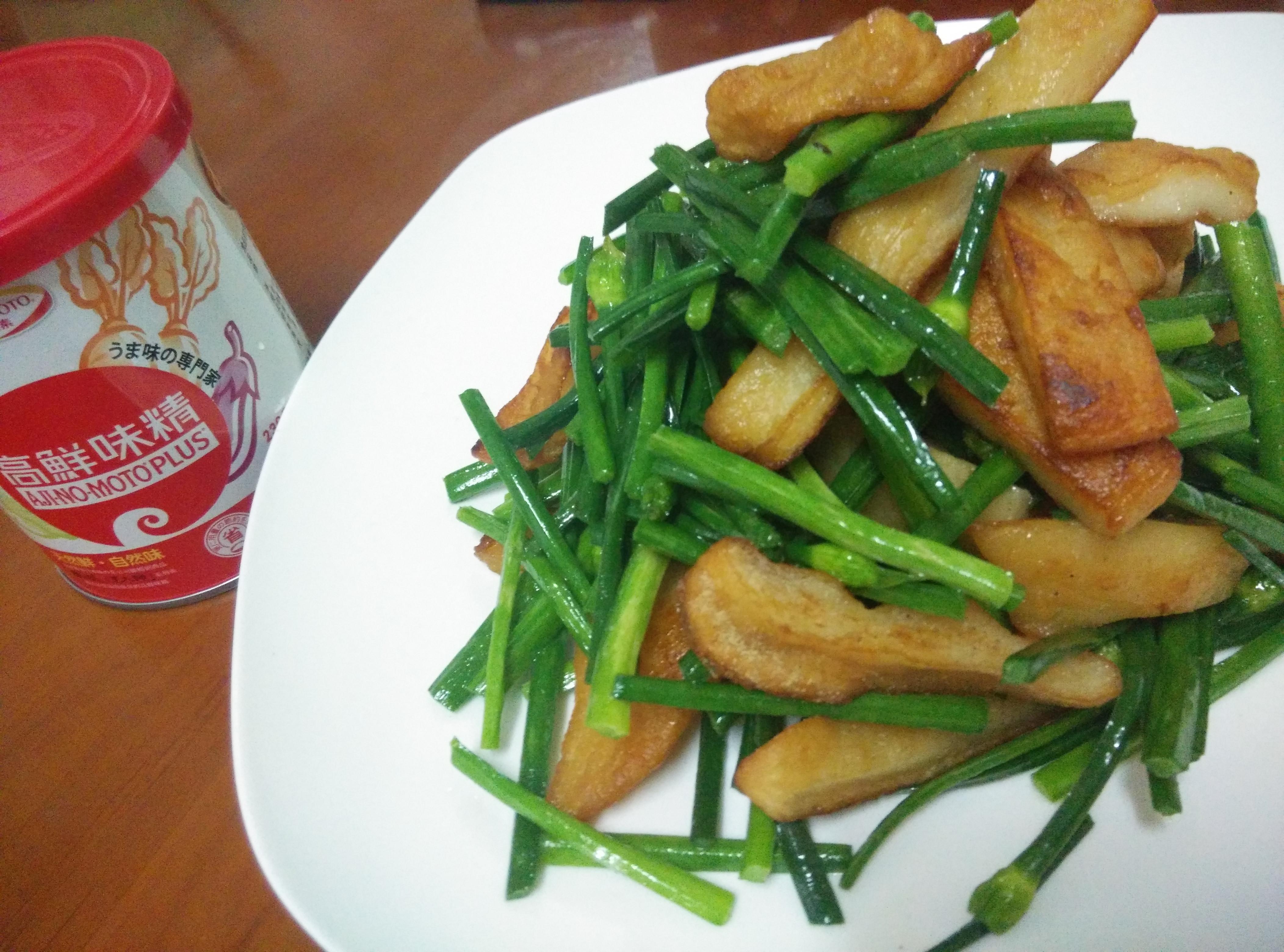 韭菜花炒脆甜不辣「味之素品牌」高鮮味精