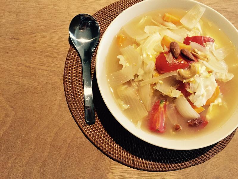 蕃茄堅果蔬菜湯