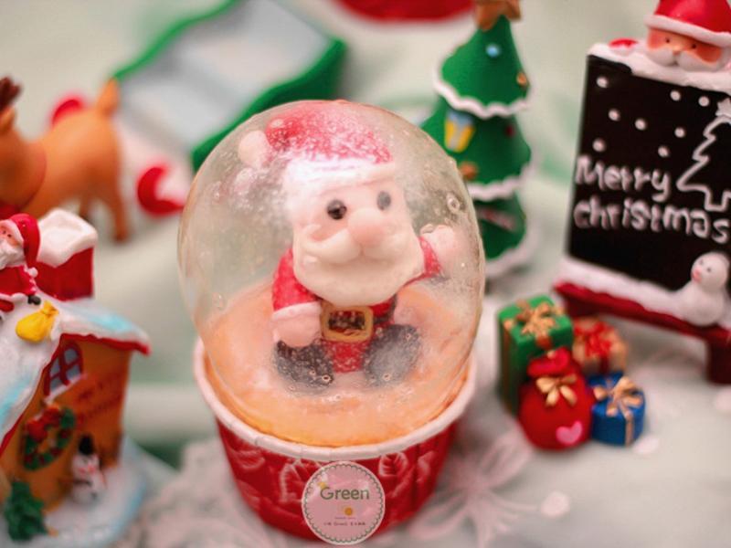 【聖誕水晶球杯子蛋糕】 可食用水晶球做法