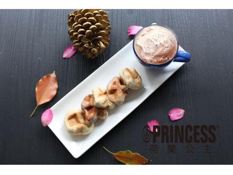 專屬活動─日式奶茶冰淇淋搭一口鬆餅