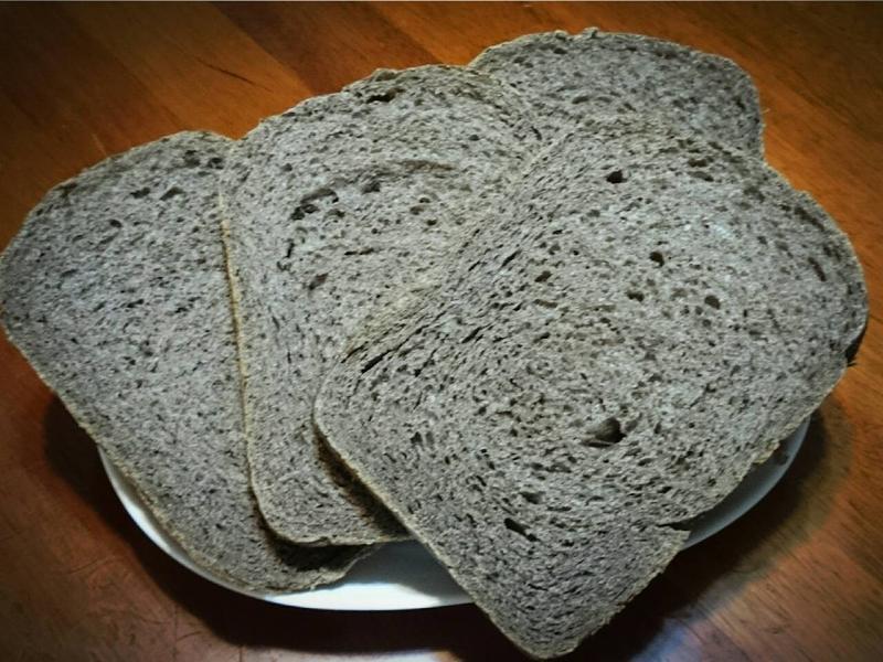 黑芝麻醬吐司(麵包機)