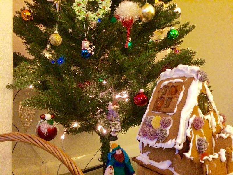 手工聖誕節薑餅屋(人)