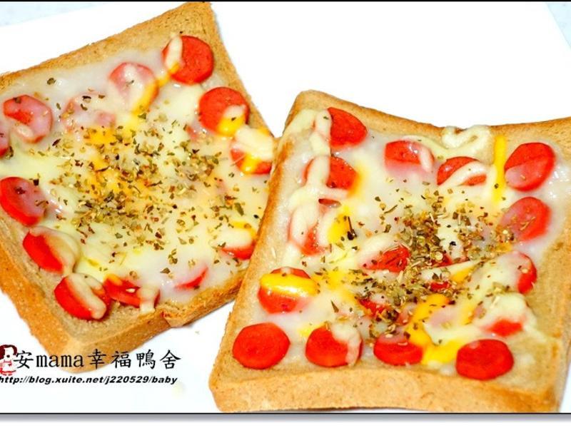 烤熱狗吐司披薩~好侍北海道白醬料理