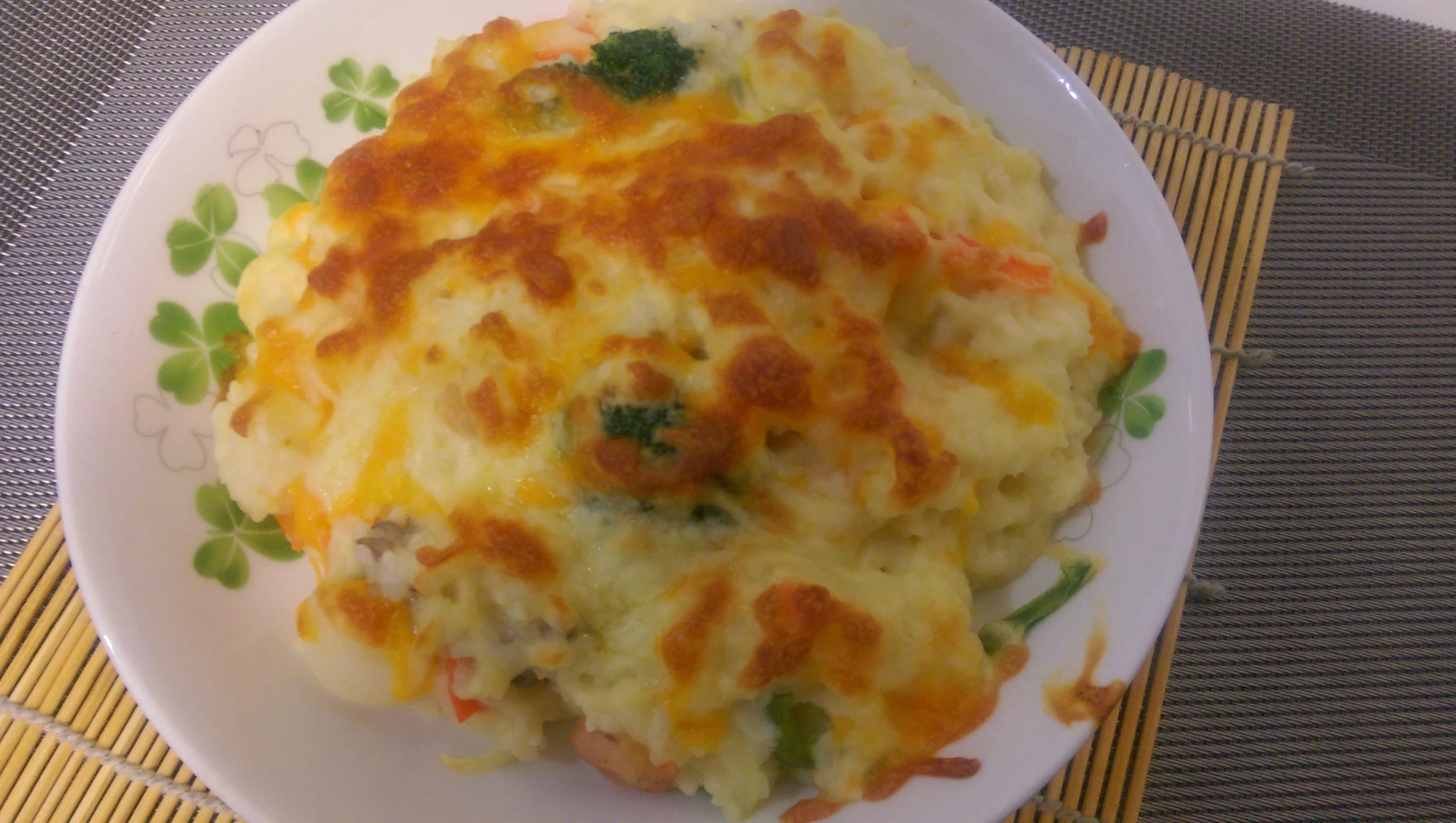 かにの海鮮焗烤飯【好侍北海道白醬料理】