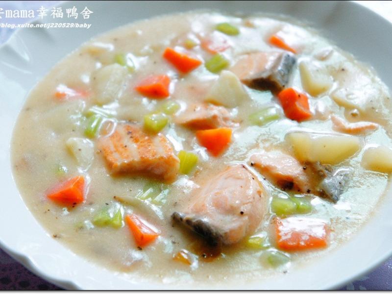 巧達鮭魚湯~~好侍北海道白醬料理