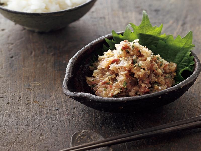 東販小食堂:拌飯配菜 生拌竹筴魚泥