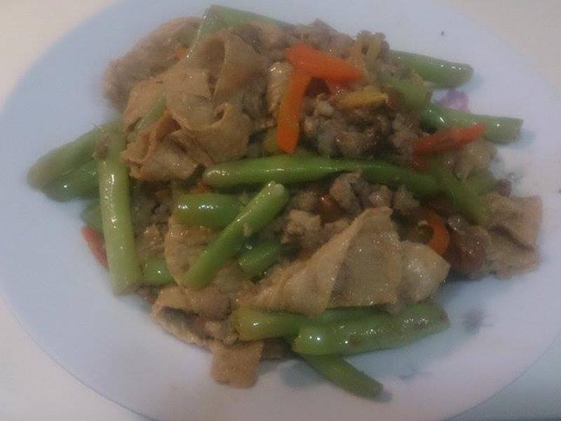 絞肉豆皮拌炒四季豆