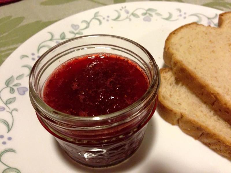 用微波爐做草莓果醬