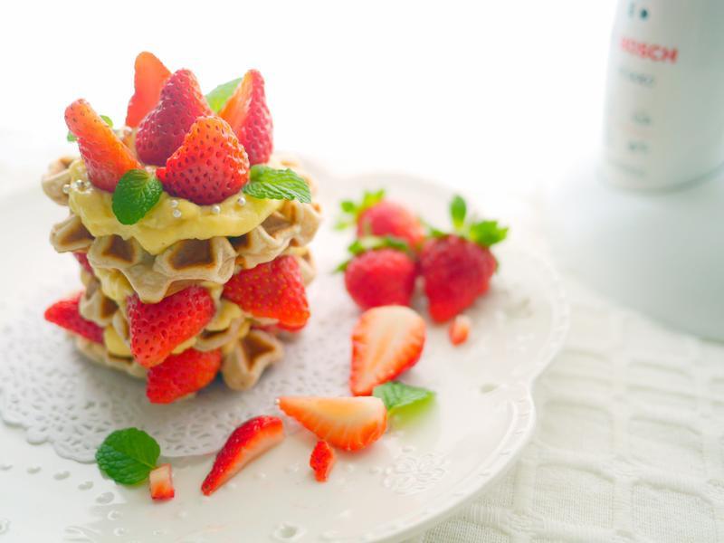 冬莓卡士達鬆餅【Bosch無線調理棒】