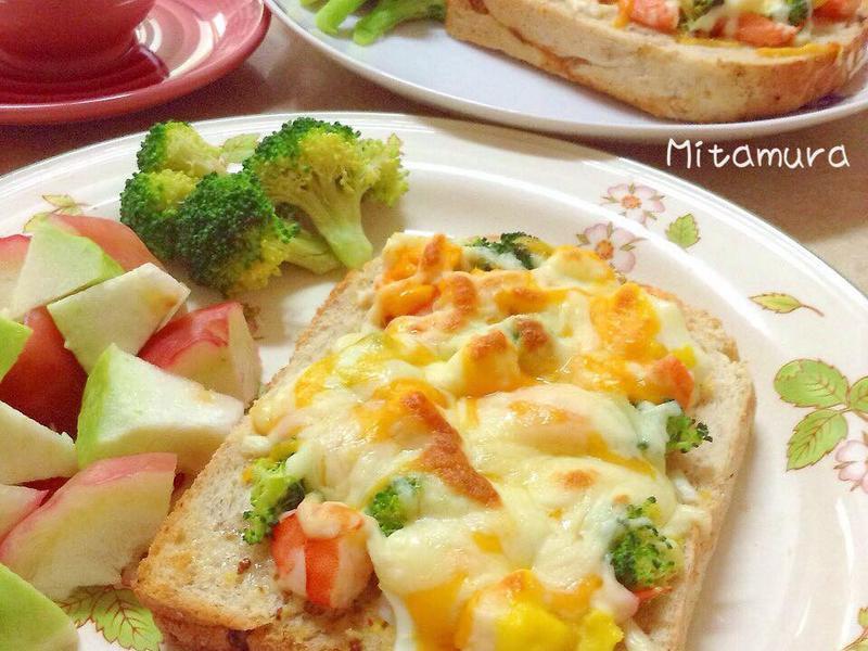 鮮蝦沙拉焗烤厚片