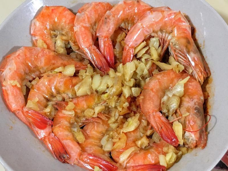 零廚藝也能做! 蒜味奶油蒸蝦