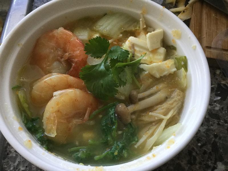 蔬菜豆腐海鮮湯