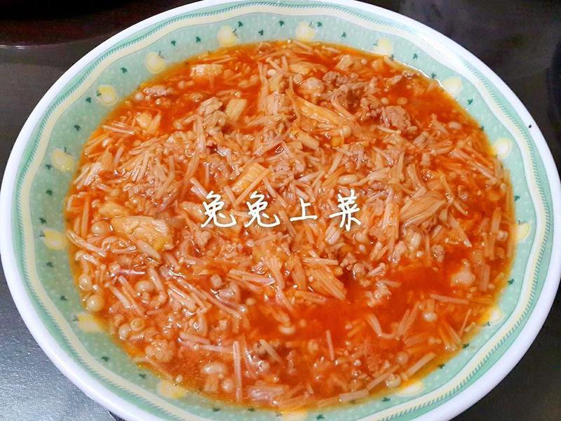 茄汁金針菇肉醬