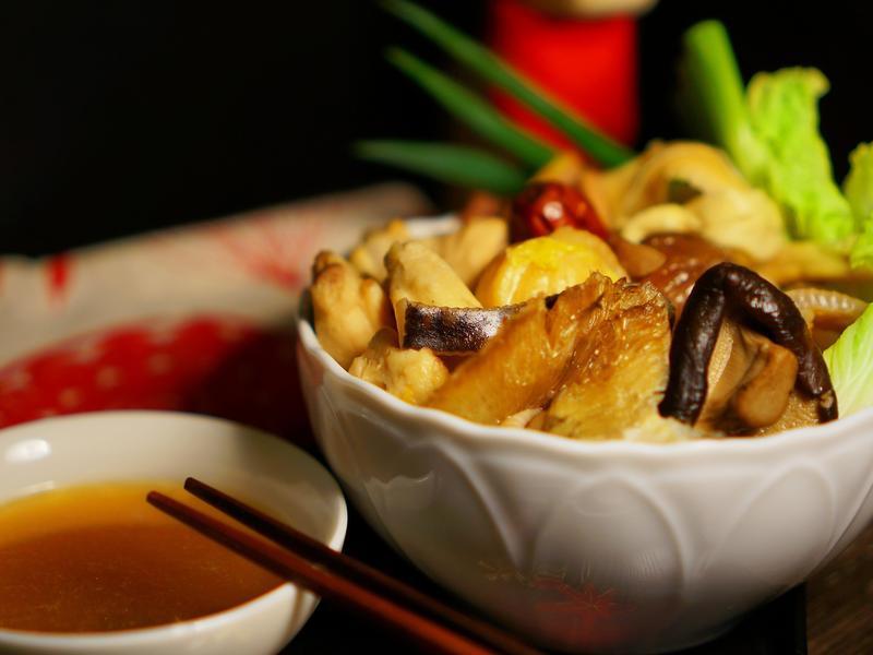【年菜料理】濃郁清湯佛跳牆。不油膩