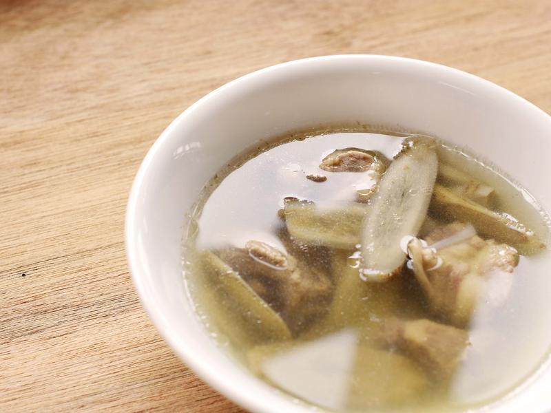 <嘉義農產料理>牛蒡排骨湯